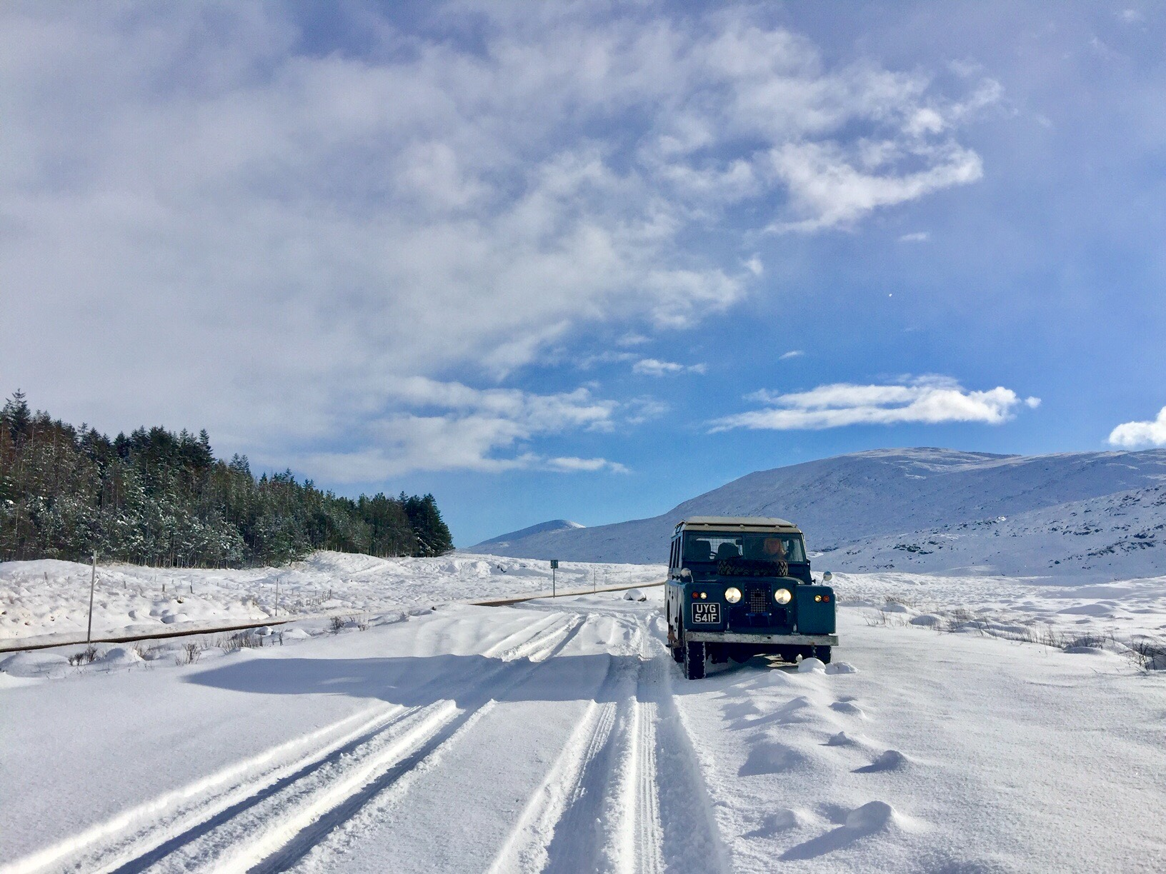 Snow in January, Just a routine run for our Land Rover Series 2a (1968)