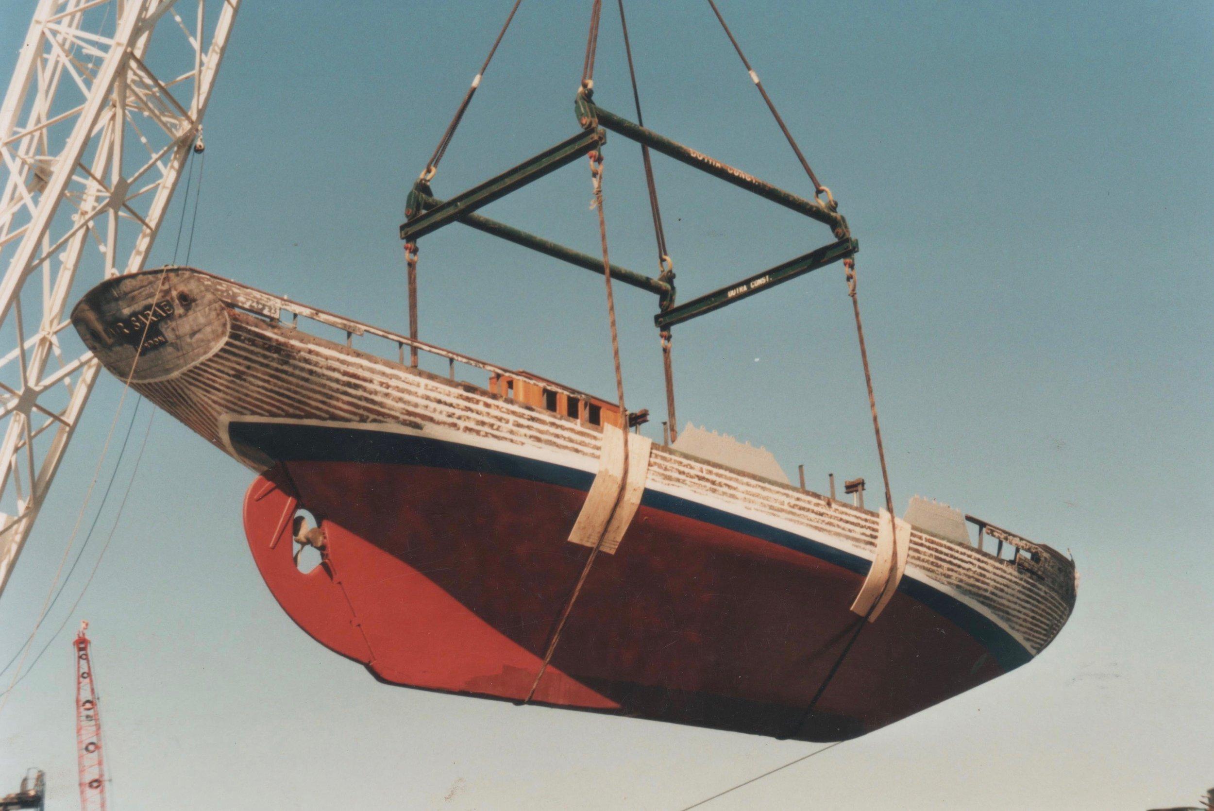 EROS swinging high 001.jpg