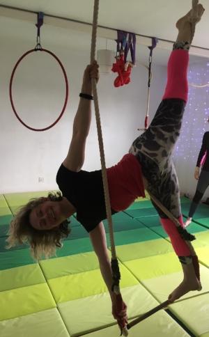 Tanya splits low trapeze.JPG