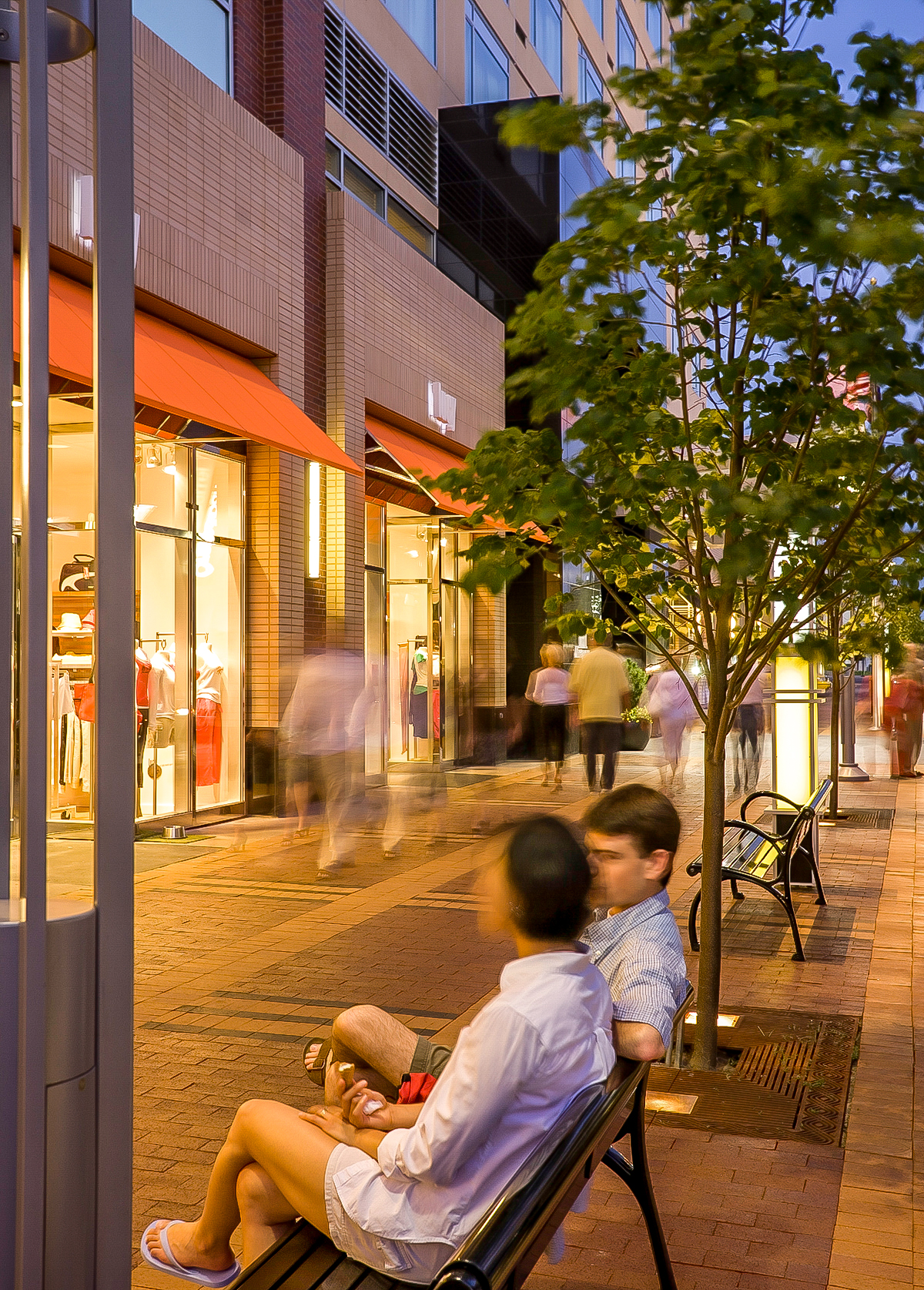 "<img src="" studioINSITE_CCN_Clayton Lane_Streetscape-2 ""alt=""Denver_Shopping_Urban Design_Master_   P  lanning_Planning_Mall_Cherry_Creek_Colorado_Denver_Landscape Architecture  "" title=""Clayton Lane""/>"