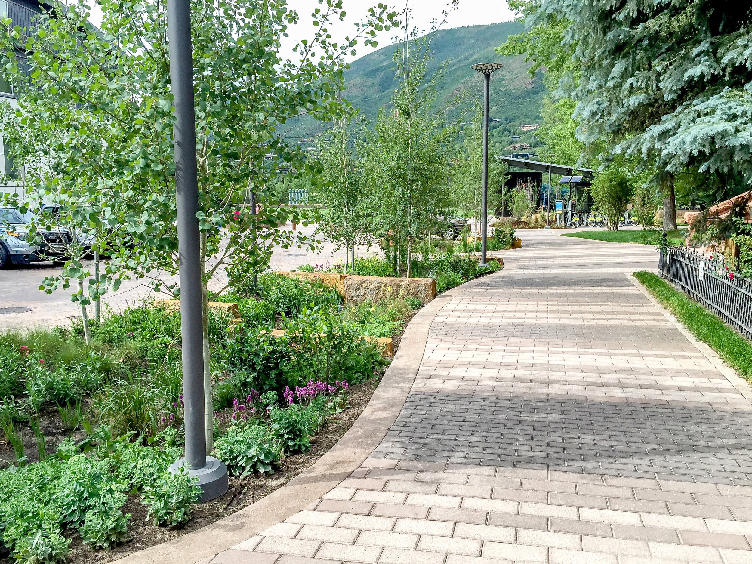 """<img src=""""  Aspen_Galena_Plaza_Streetscape  """"alt=""""Green Roof, Civic Park, Events Plaza, Pedestrian Connections, Parking Garage, Outdoor Performance, Over Structure, Landscape Architecture, Aspen Parks, Aspen Plazas, Aspen Colorado  """" title=""""Aspen Galena Plaza  """"/>"""