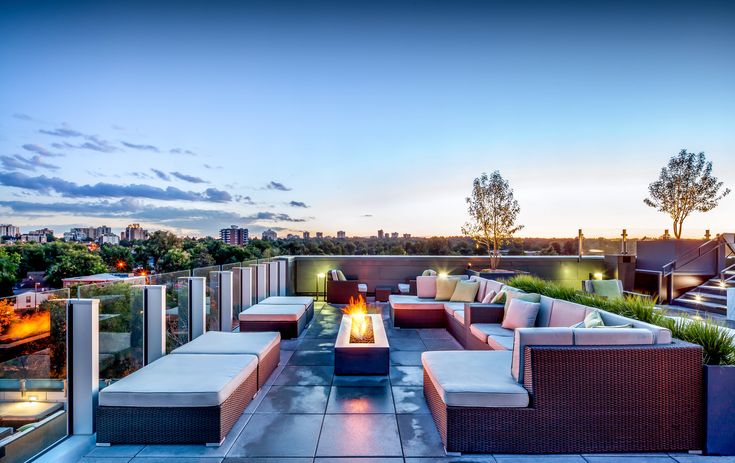 """<img src="""" studioINSITE_My_Block_Wash_Park_Roof_Deck_Fire_Pit_Seating"""" alt=""""Urban Living, Multifamily Courtyards, Amenity Deck, Swimming Pool, Spa, Landscape Architecture, Luxury Living, My Block Wash Park, Denver, CO, Colorado Courtyards, Rooftop Amenity  """" title=""""My Block Wash Park  """"/>"""