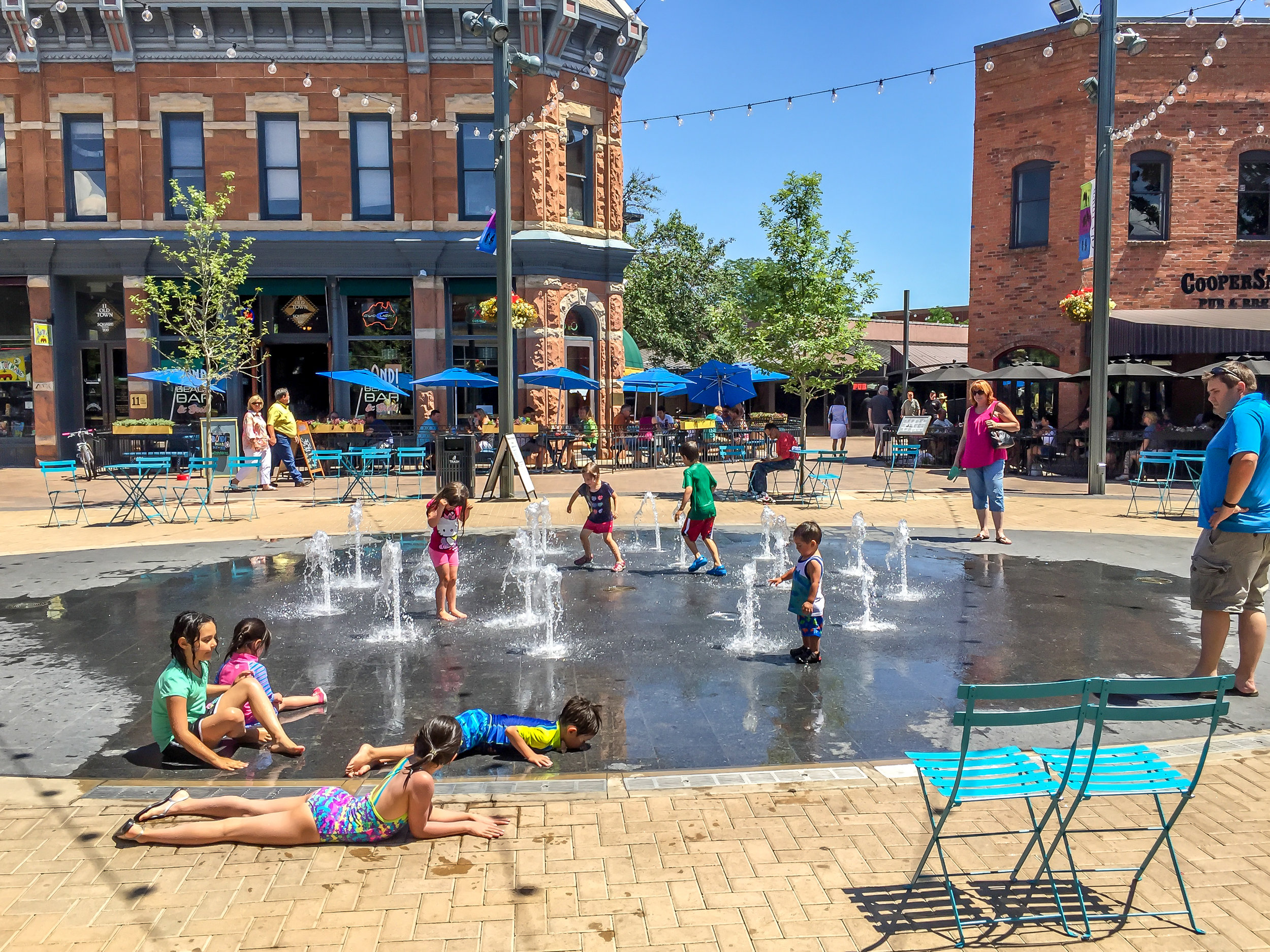 Old_Town_Square_Pop_Jet_Fountain-edit (1 of 1).jpg