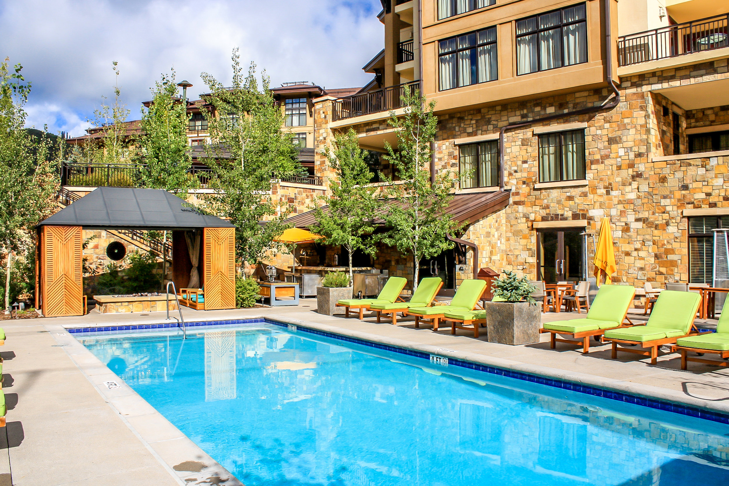 """<img src="""" studioINSITE_Viceroy_Snowmass_Pool-2-2 """"alt=""""  Resort, mountain resort, hotel, vacation homes, condominium, roof deck, design over structure, pool, site planning, landscape architecture  """" title=""""Viceroy at Snowmass""""/>"""