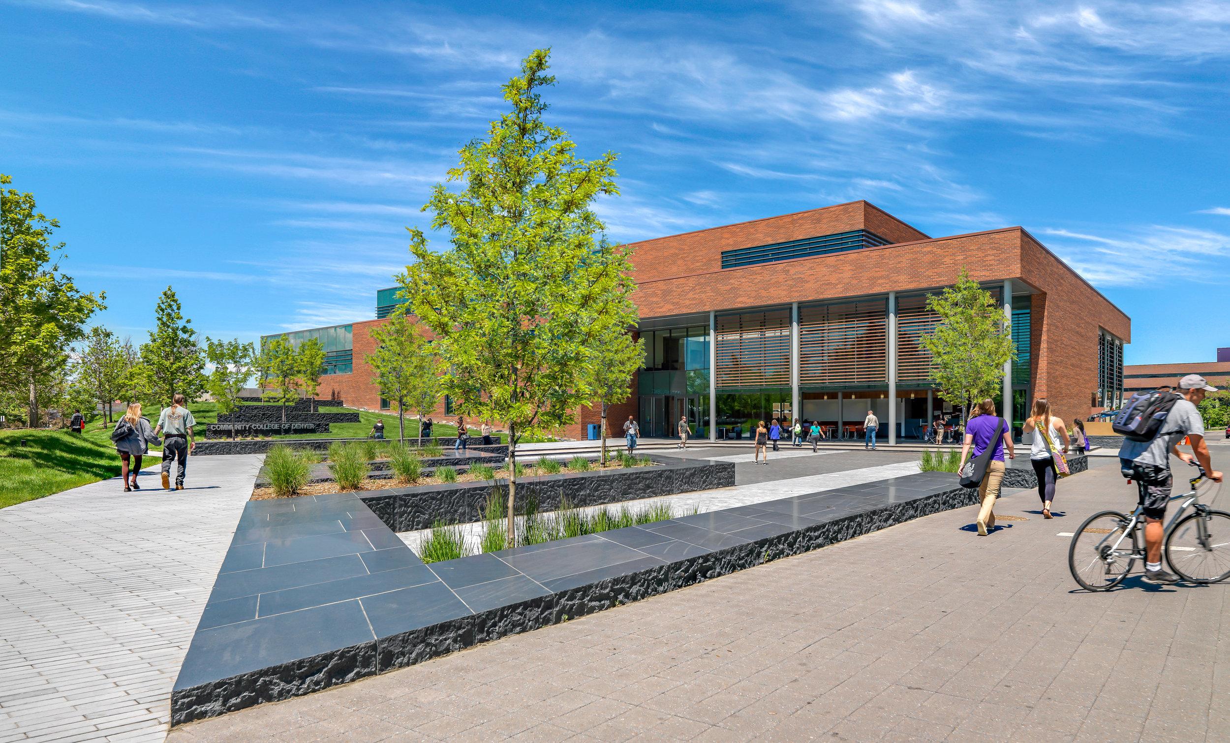 <f>Services</f><f>LandscapeArchitecture</f></f><f>Markets</f><f>Education+Health</f><t>Community College of Denver</t><m>Denver, CO</m>