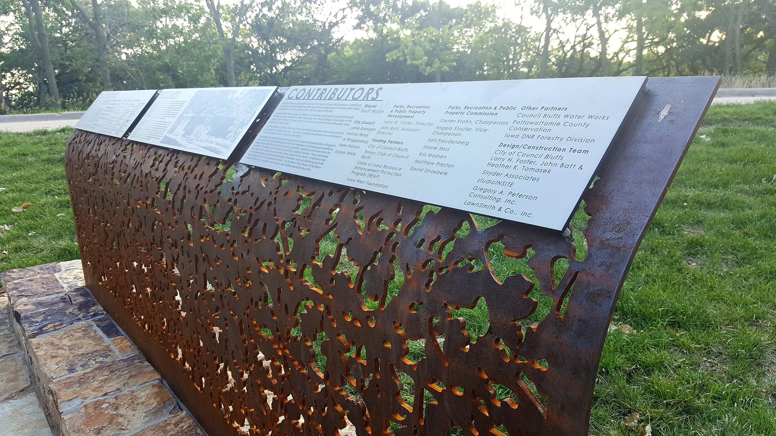 "<imgsrc="" studioINSITE_Fairmount_Park_Signage 2 ""alt=  ""Park Design, Water Playground, Signage, Wayfinding, Historic Restoration, Landscape Architecture, Council Bluffs, Iowa, Fairmount Park  ""  title=""Fairmount Park""/>"