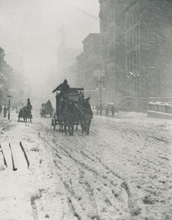 Alfred Stieglitz - Winter Fifth Avenue.JPG