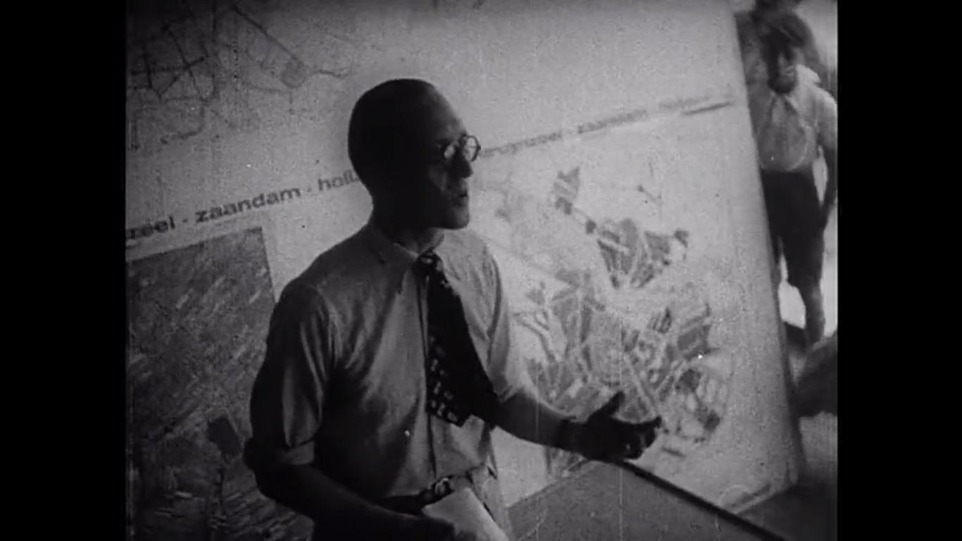 Le Corbusier -Patris II.jpg