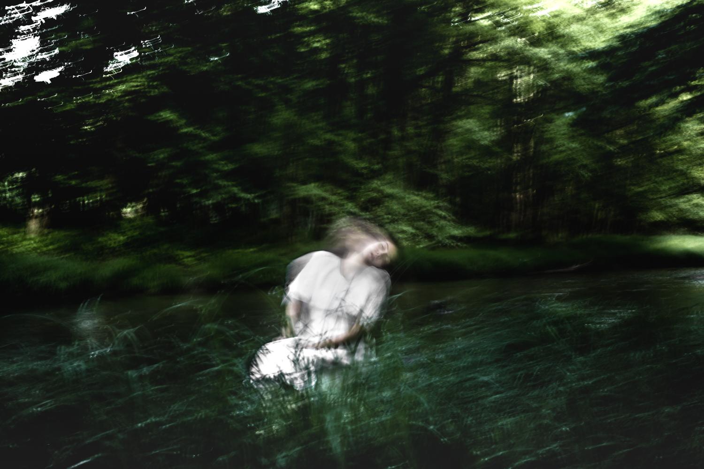 03-earthly-witch-fine-art-photography-anna-sirota_003.jpg