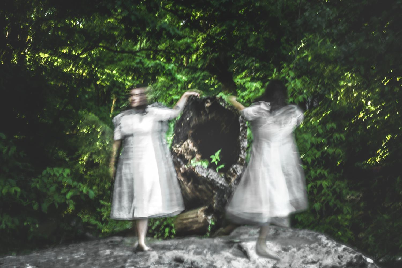 05-earthly-witch-fine-art-photography-anna-sirota_005.jpg