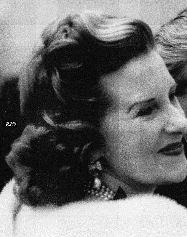 Woman smiling, Metropolitan Museum, 1958