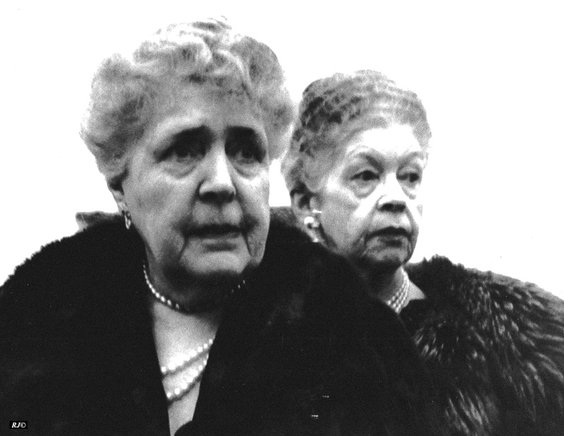 Two women, Metropolitan Museum, 1958