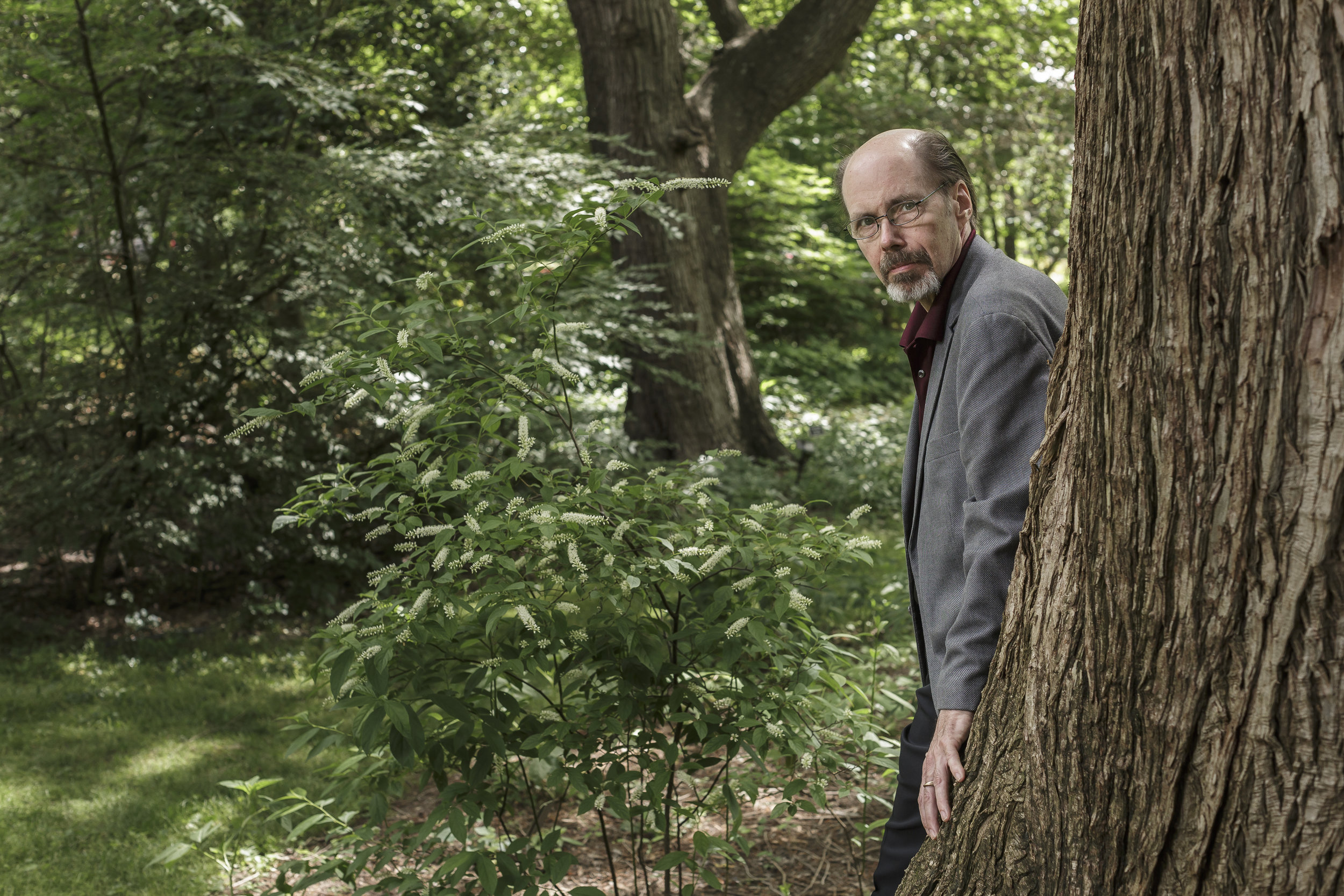 Best-selling murder mystery/crime novelist Jeffery Deaver at Coker Arboretum on the campus of The University of North Carolina at Chapel Hill. For The Financial Times.