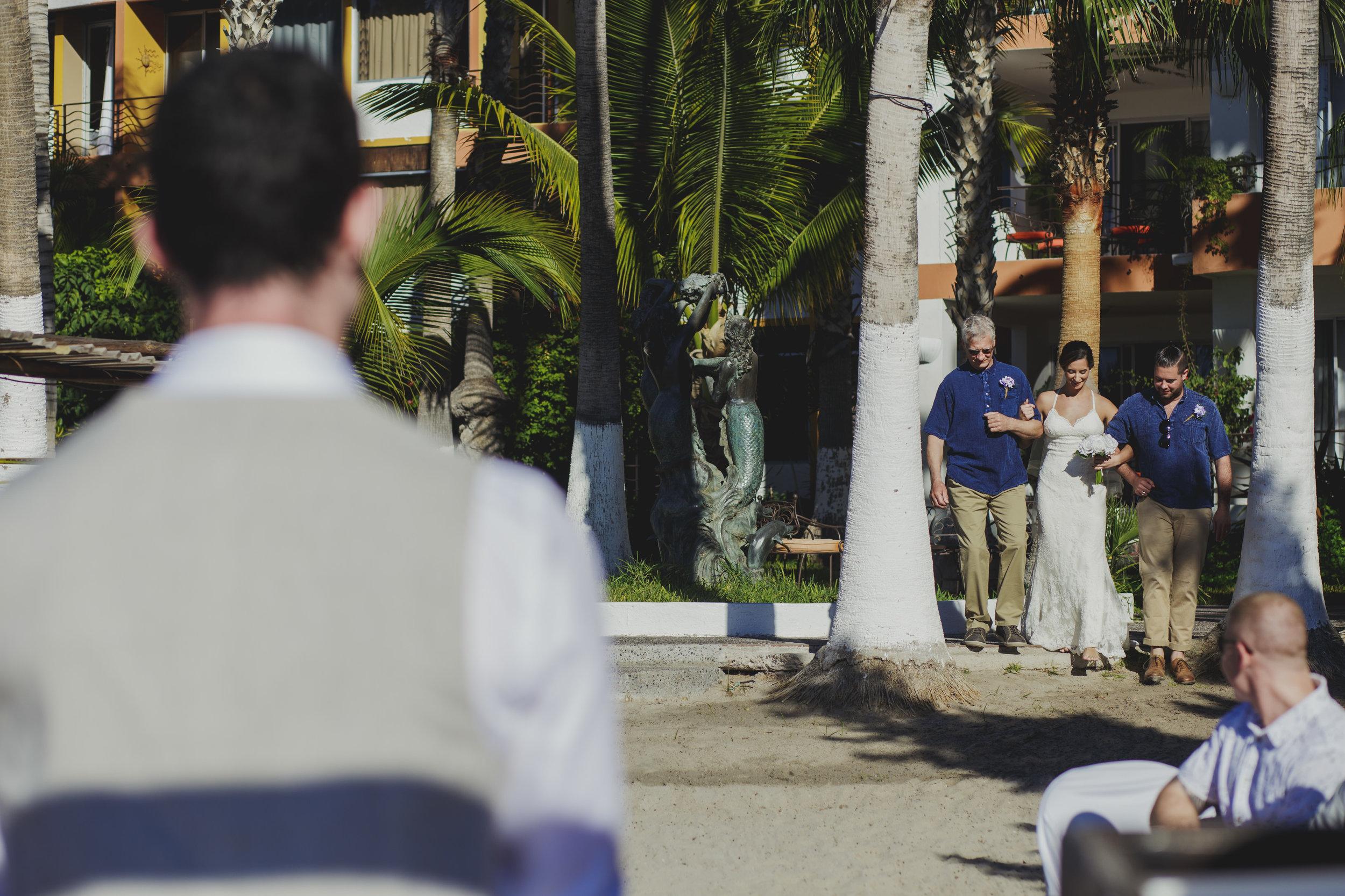 Ali&Ryan-destination-wedding-15.jpg