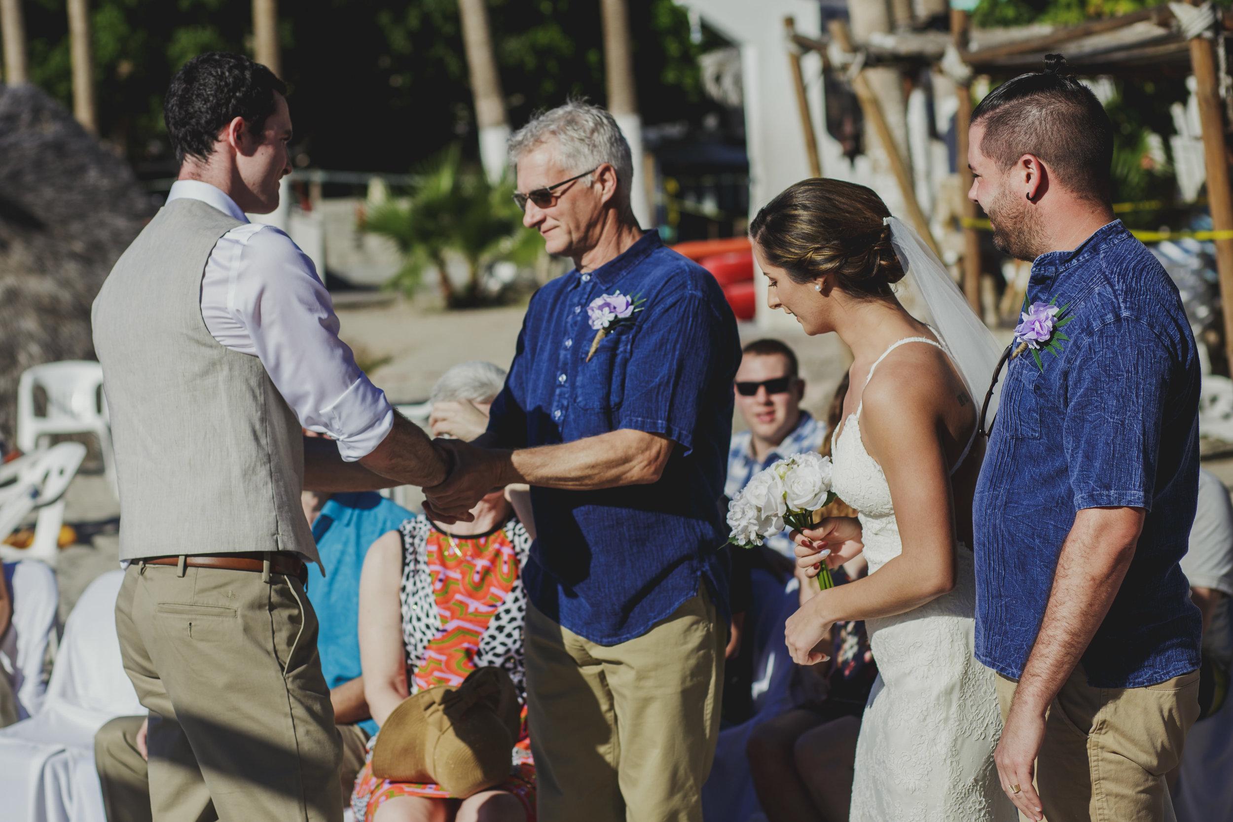 Ali&Ryan-destination-wedding-16.jpg