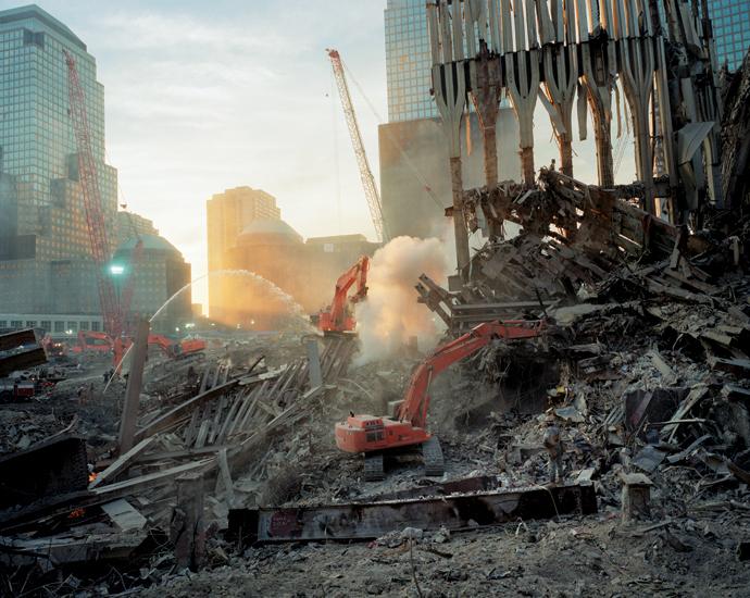Inside the pile, looking west. (Fall 2001) © Joel Meyerowitz via  Phaidon