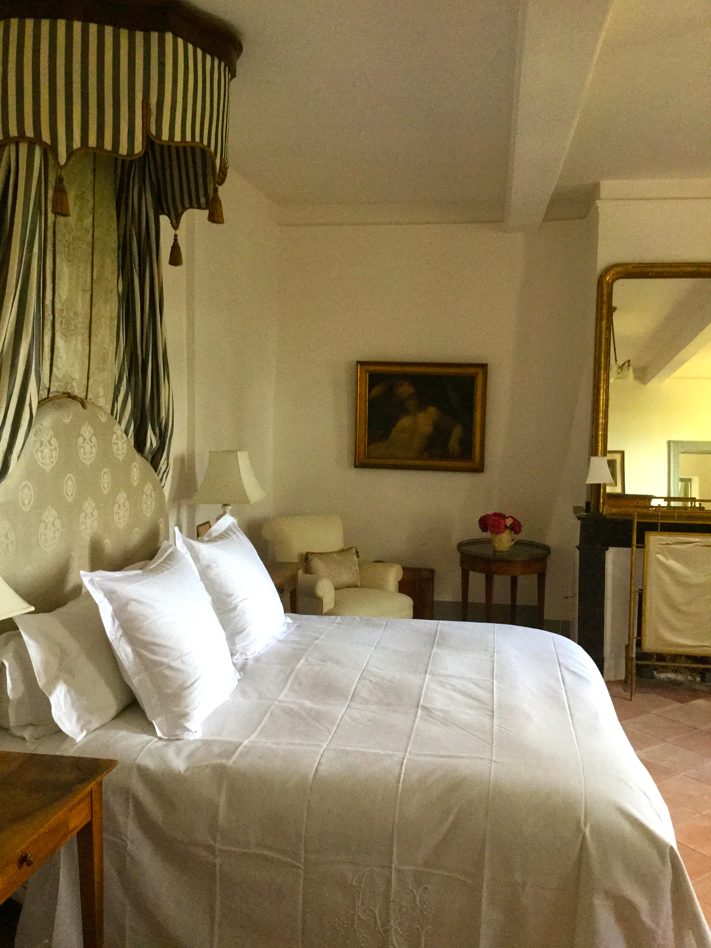 Fiona Lewis - Fiona's French Chateau - Bedroom