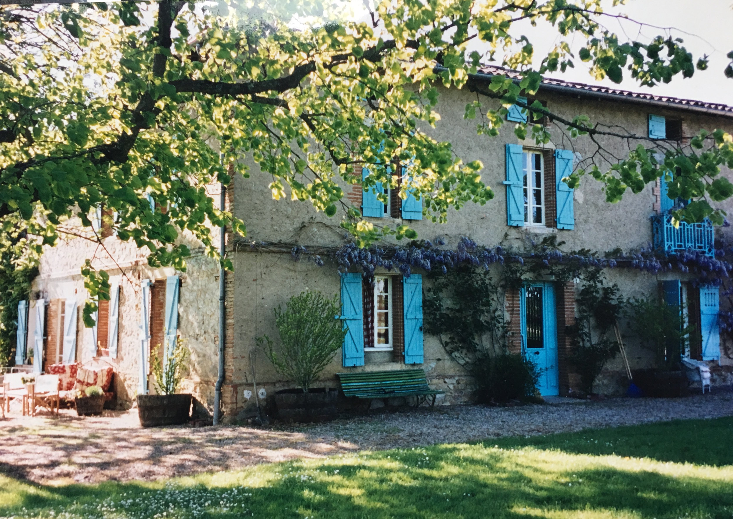 KATHRYN IRELAND'S MAGICAL COUNTRY HOUSE
