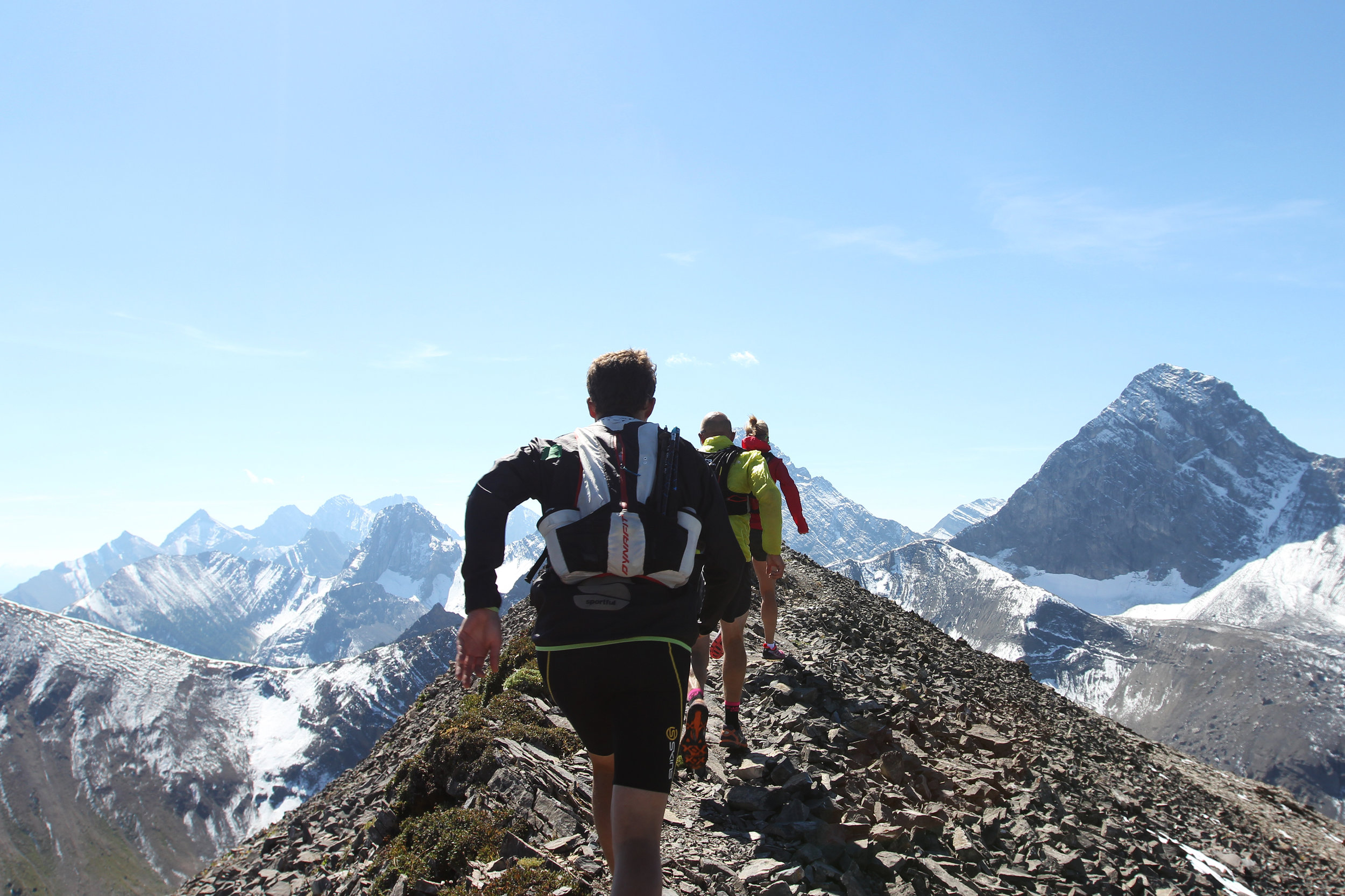 Canadian trail runners train on Tent Ridge   Canmore , Canada