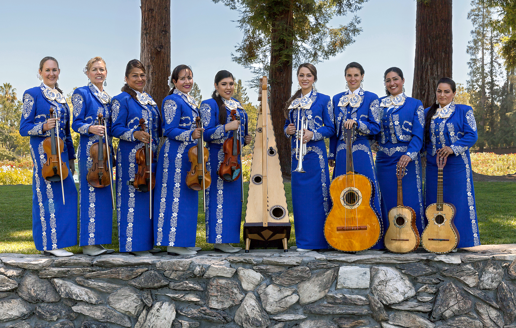 2016.07 - Mariachi Femenil Orgullo Mexicano 051_edited.jpg