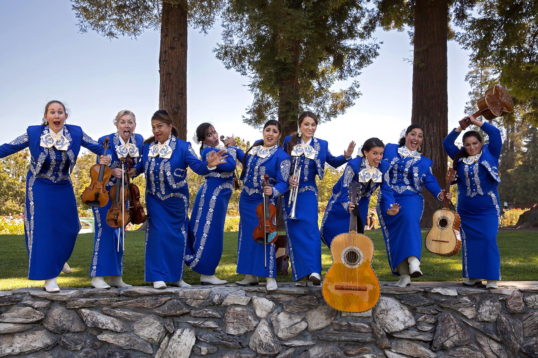 2016.07 - Mariachi Femenil Orgullo Mexicano 052_edited.jpg