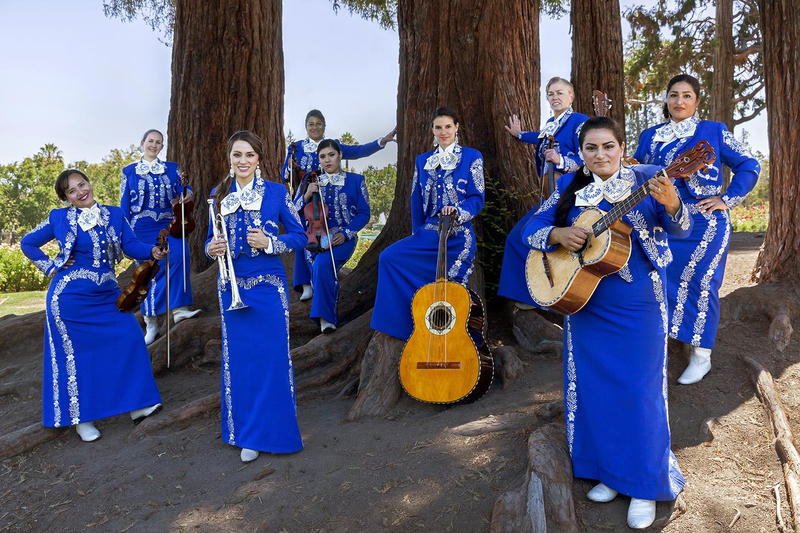 2016.07 - Mariachi Femenil Orgullo Mexicano 053_edited.jpg