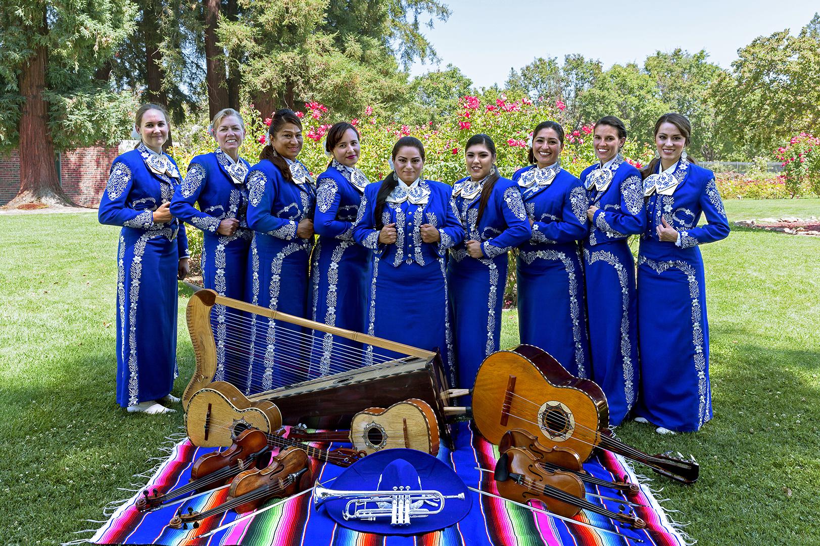 2016.07 - Mariachi Femenil Orgullo Mexicano 055_edit.jpg