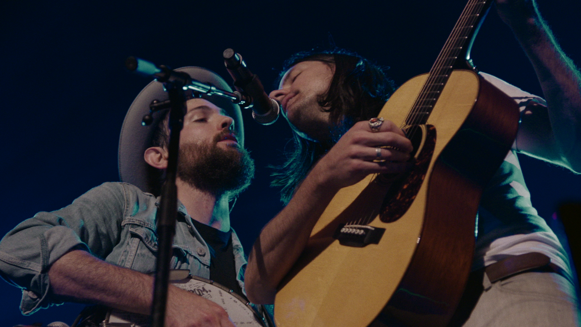 May It Last A Portrait of the Avett Brothers – Oscilloscope ProRes422HQ_43498.png