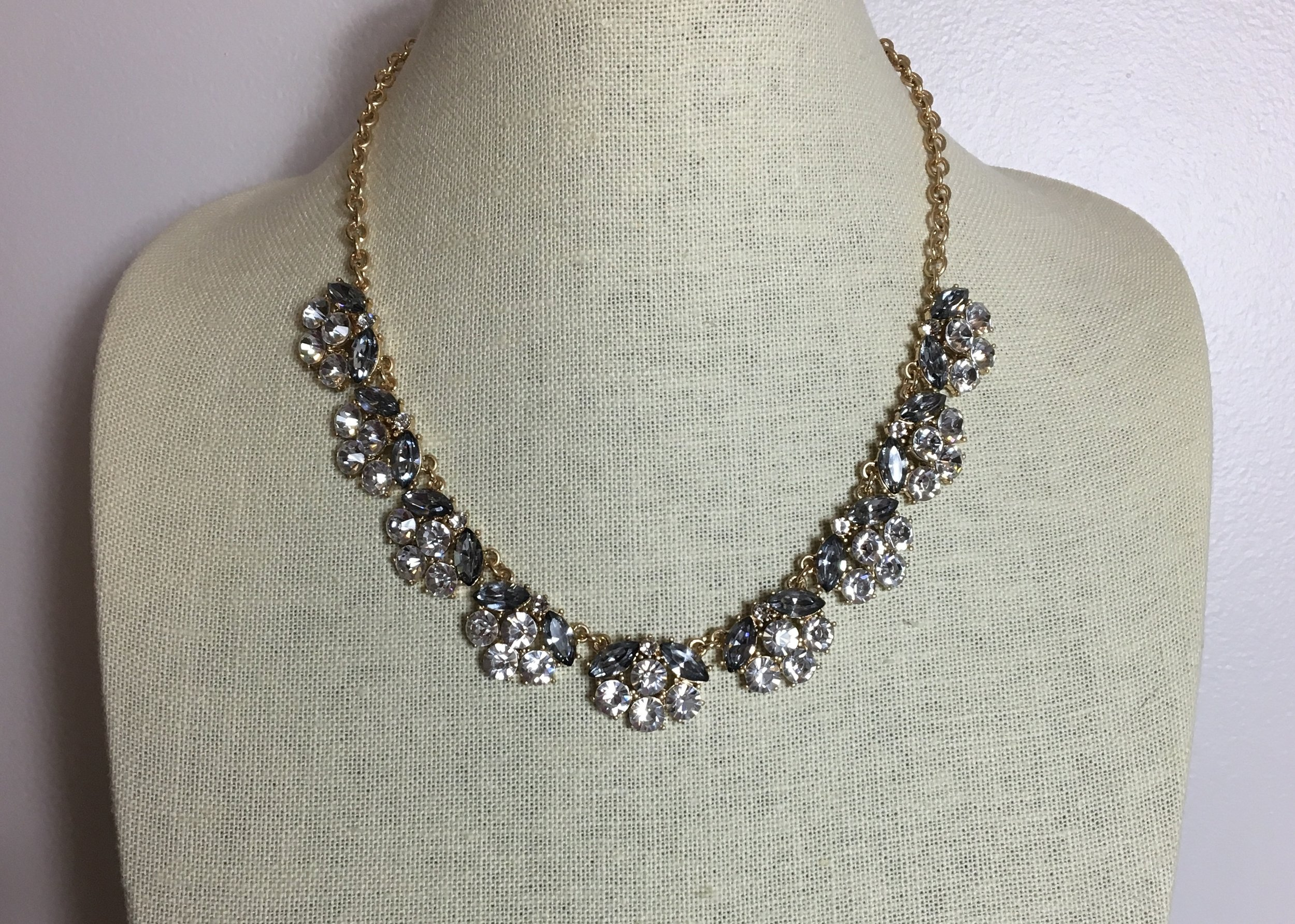 Jetsetter Necklace (Clear) - $34