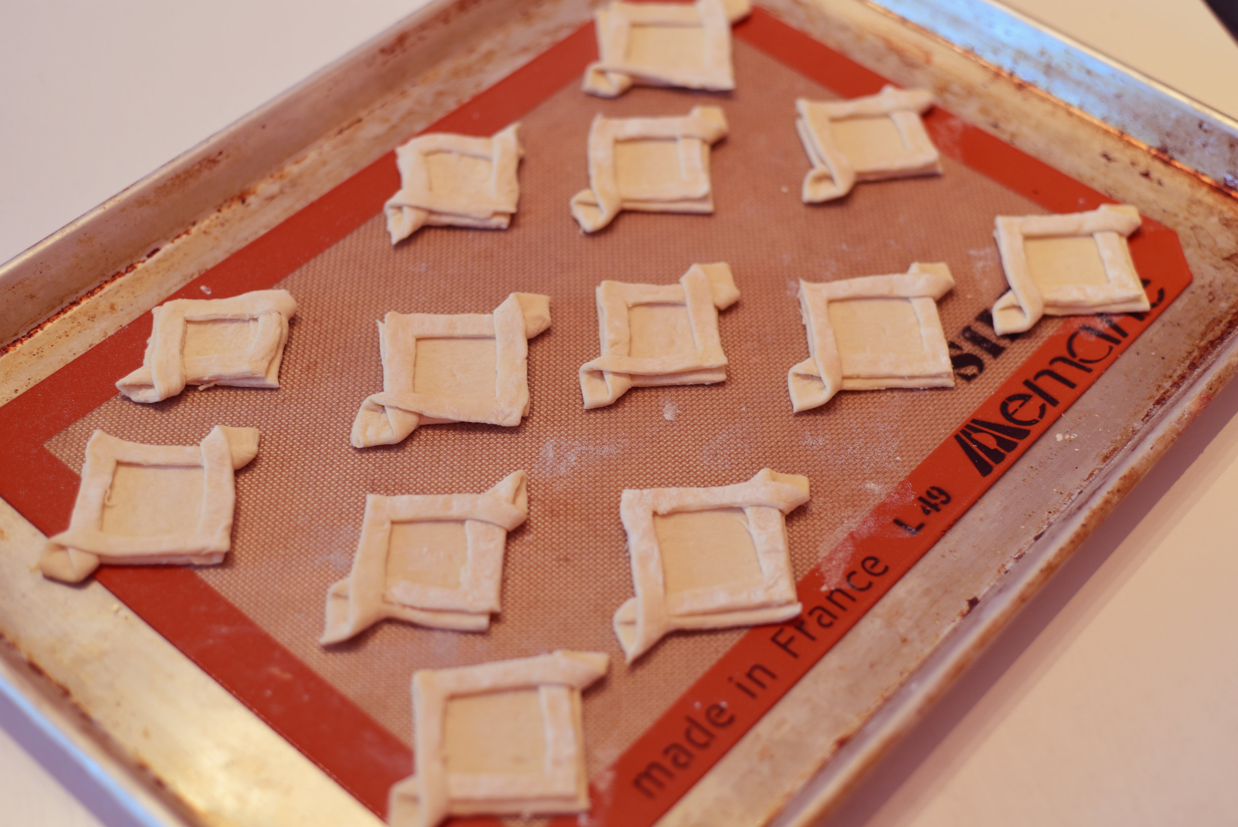 shaping-puff-pastry-fancy-squares-lily-muffins-blog.jpg