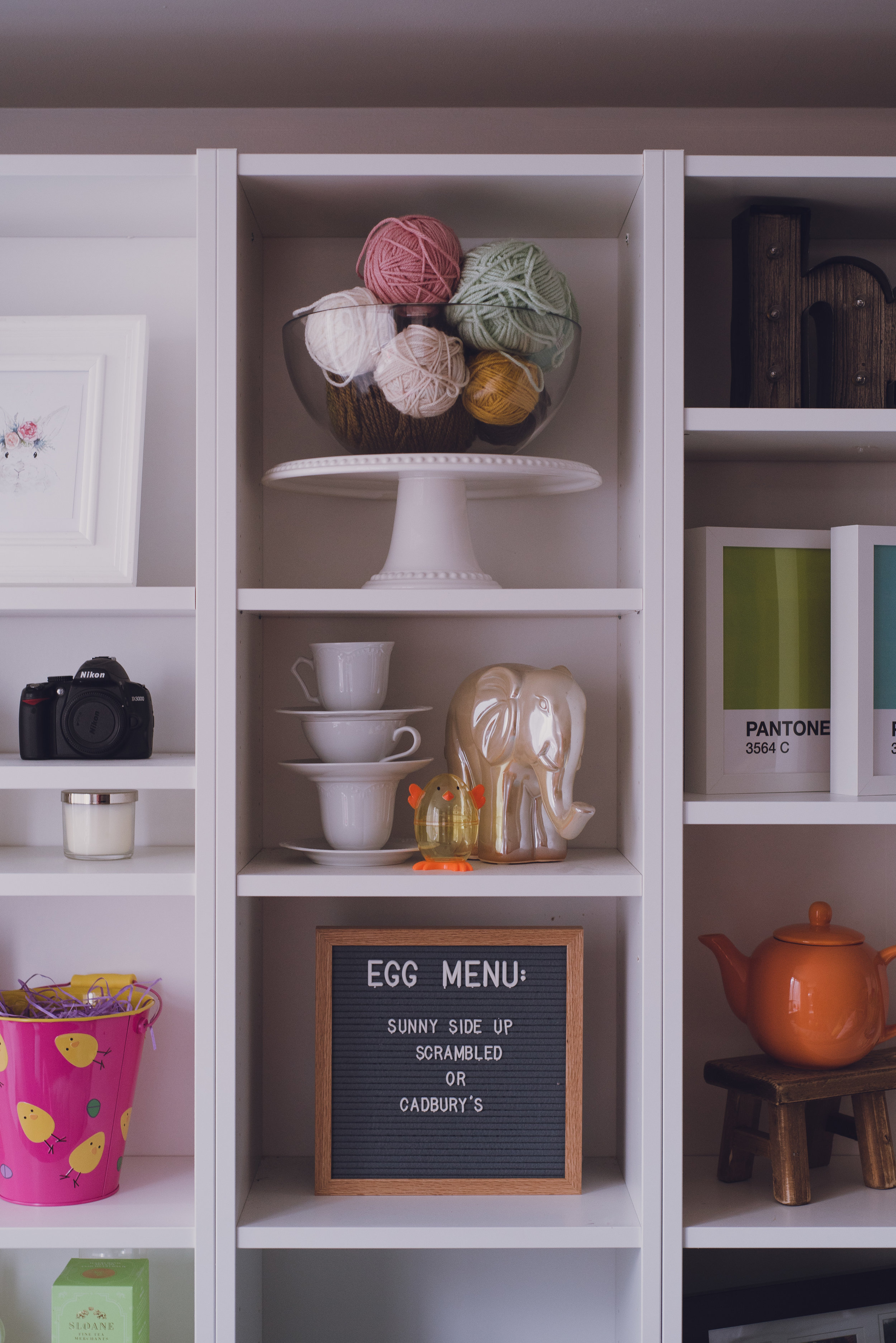 Easter-Living-Room-Lily-Muffins-blog-letterboard