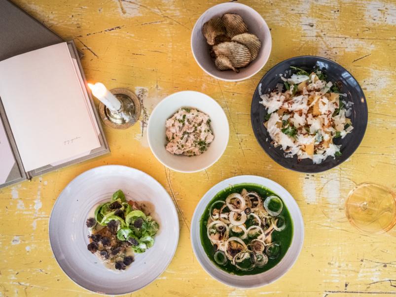 toronto-restaurants-grey-gardens-kensington-market-jen-agg-wine-cider-spread-803x603-1487174337.jpg