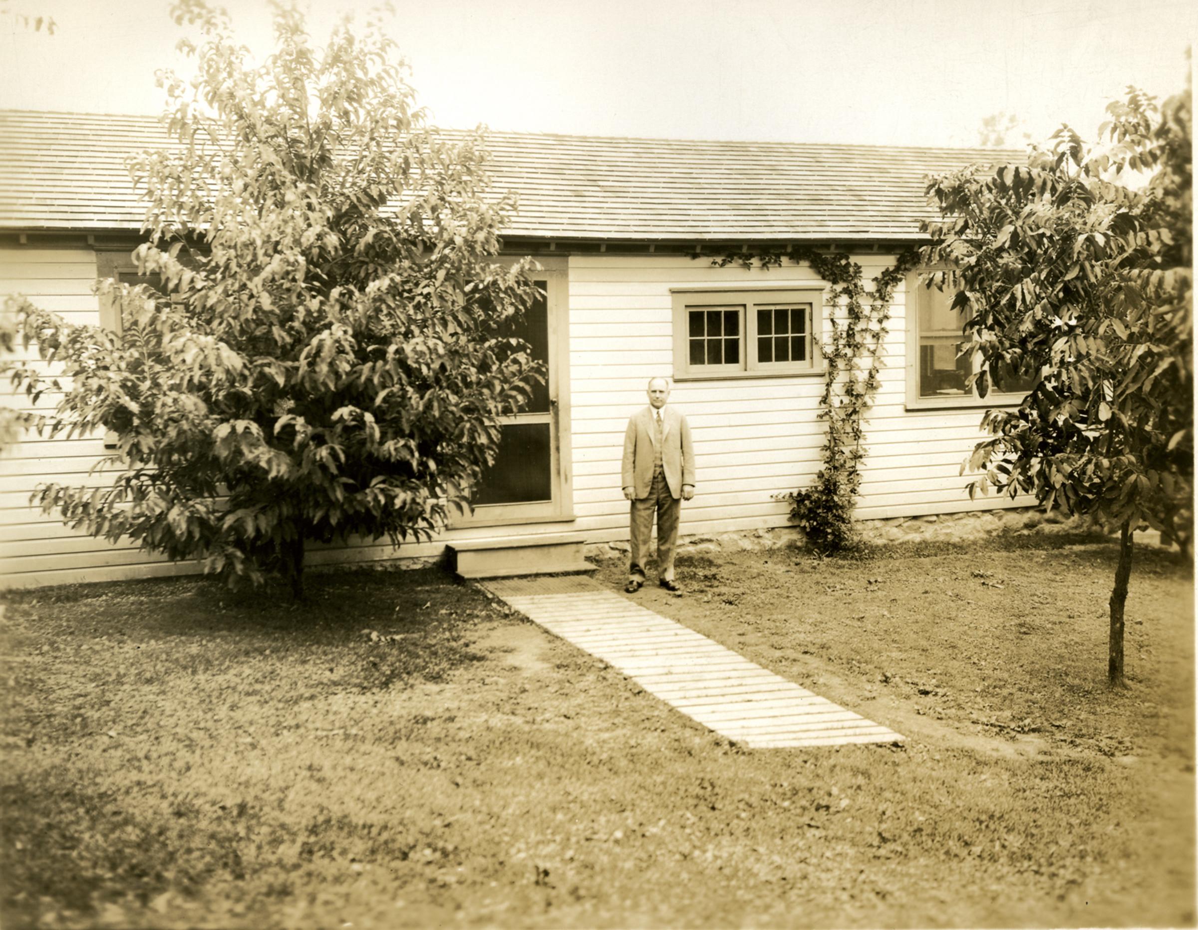 Bartlett Lab Historical 2.jpg