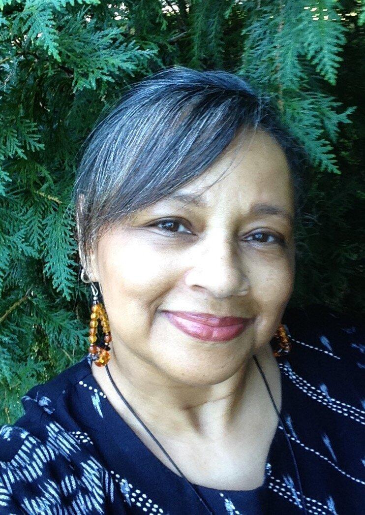 Laurie Rivera -   bio    Database Associate    lrivera@bartlettarboretum.org
