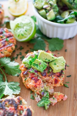 Healthy and delicious salmon avocado burgers, courtesy of Recipe Saturday