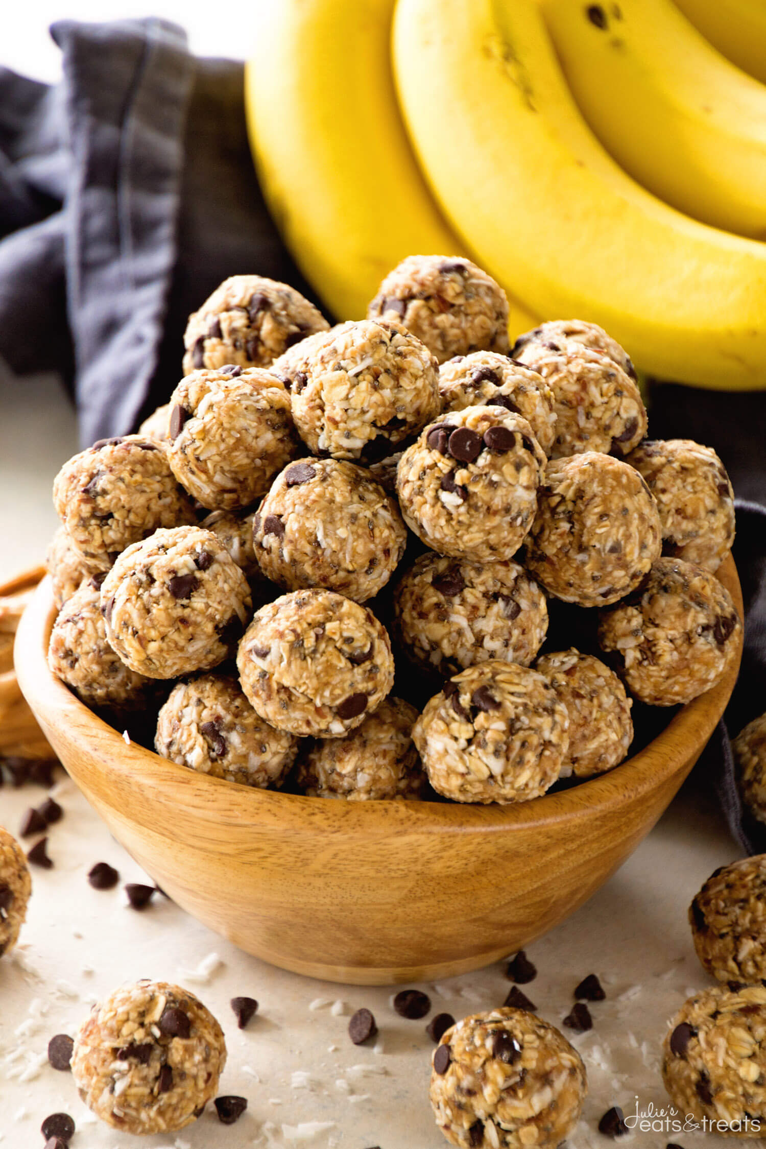 Healthy and delicious chocolate chip banana oat protein bites courtesy of Recipe Saturday