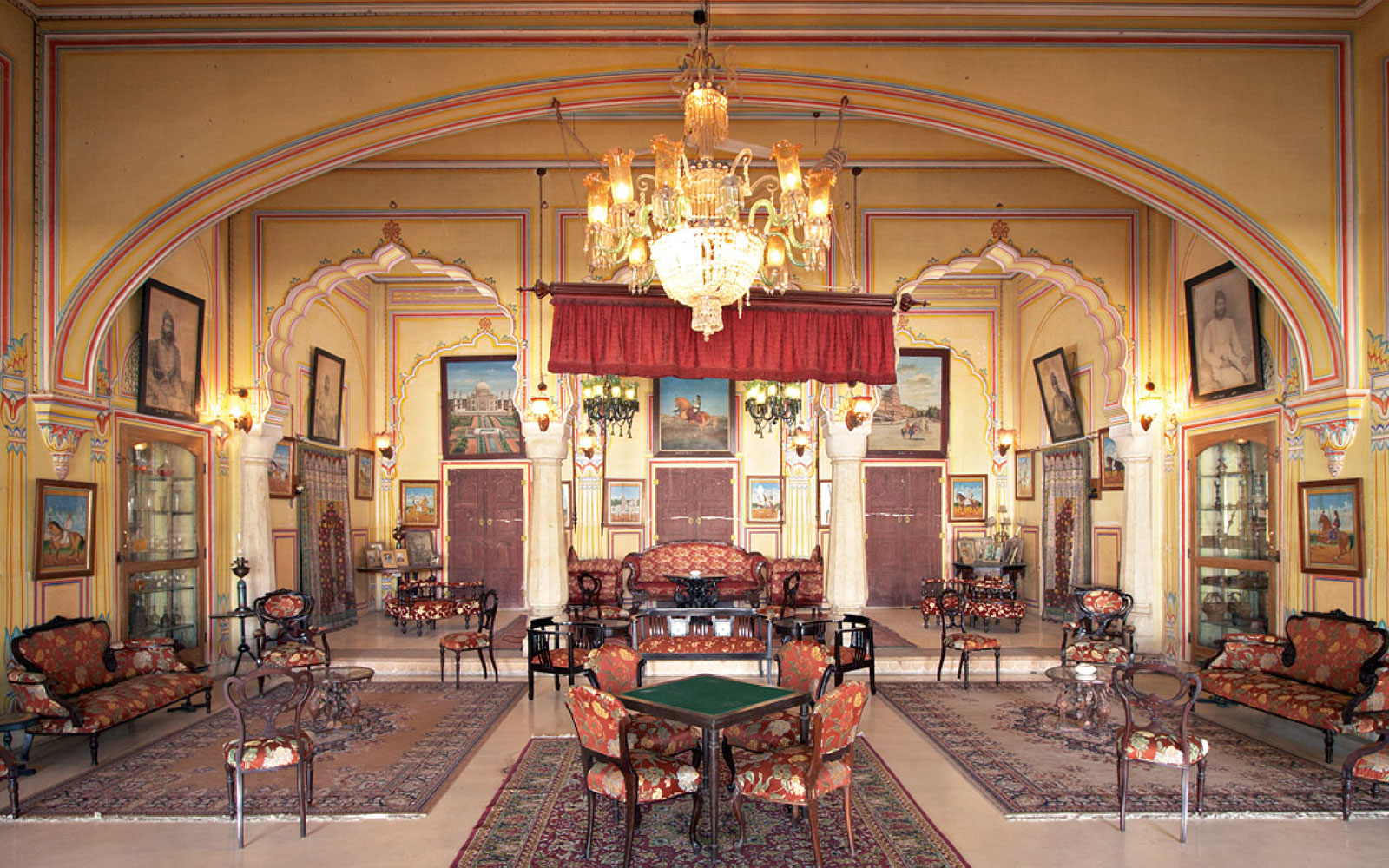 Interiors of the historic Castle Kanota. Your next conference could be here !