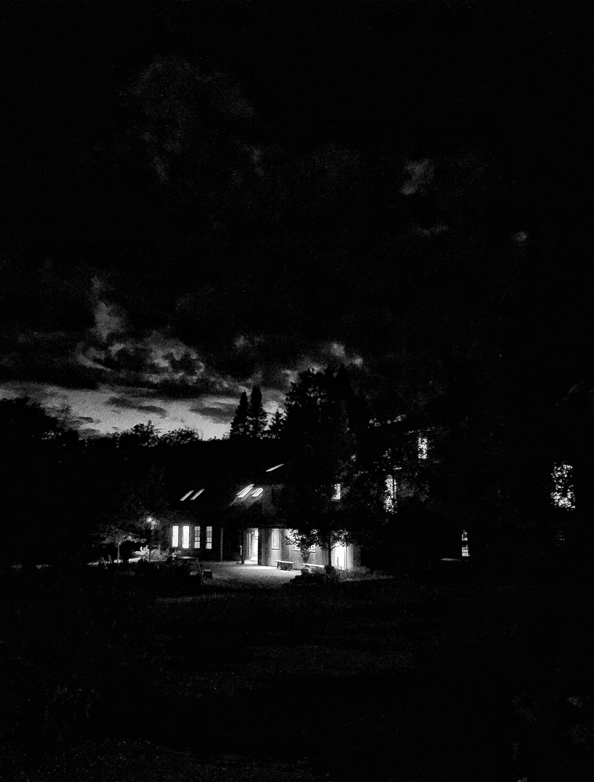 Night Kahn VT.jpg