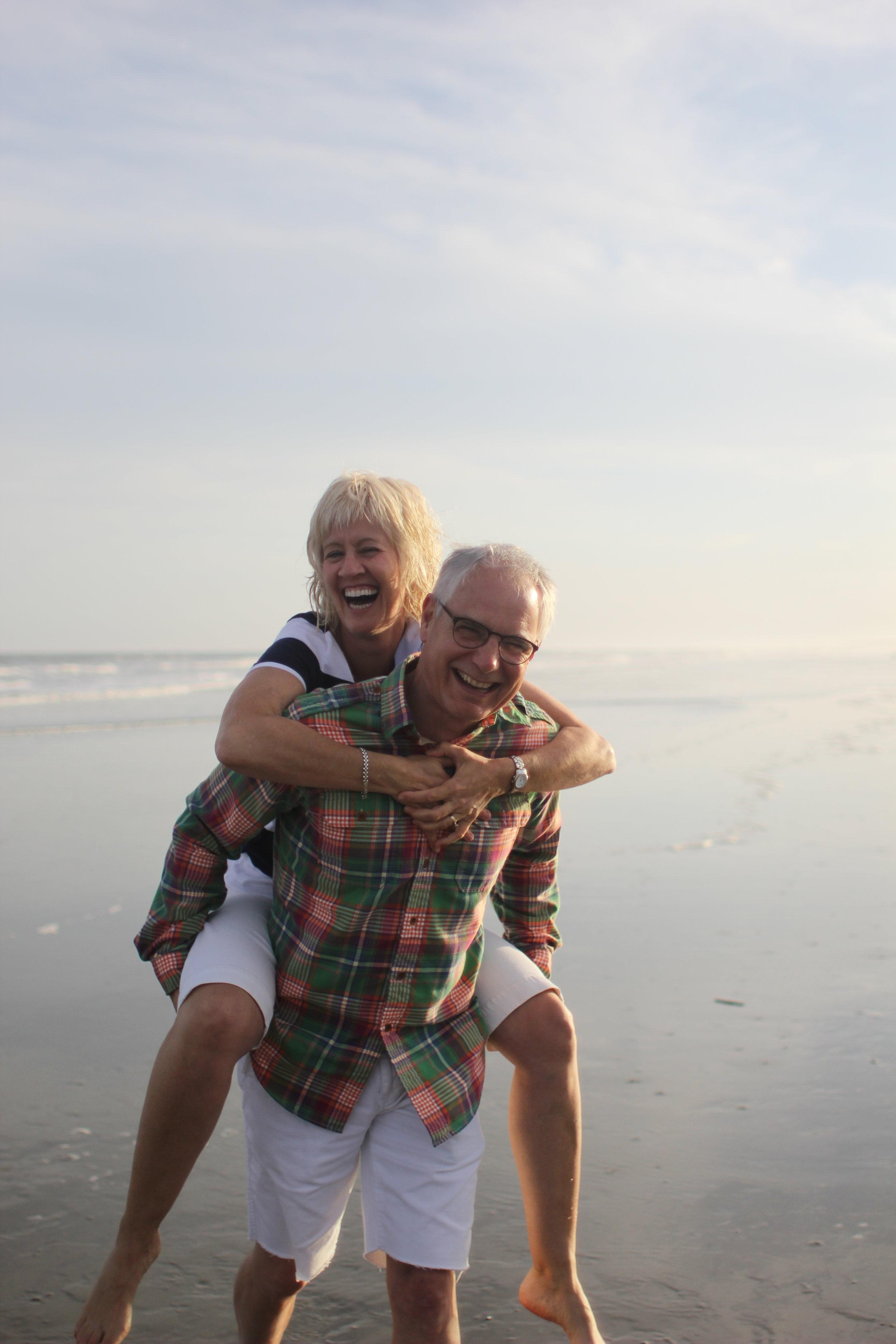 Linda and Lloyd on beach - Kiawah 2016.JPG