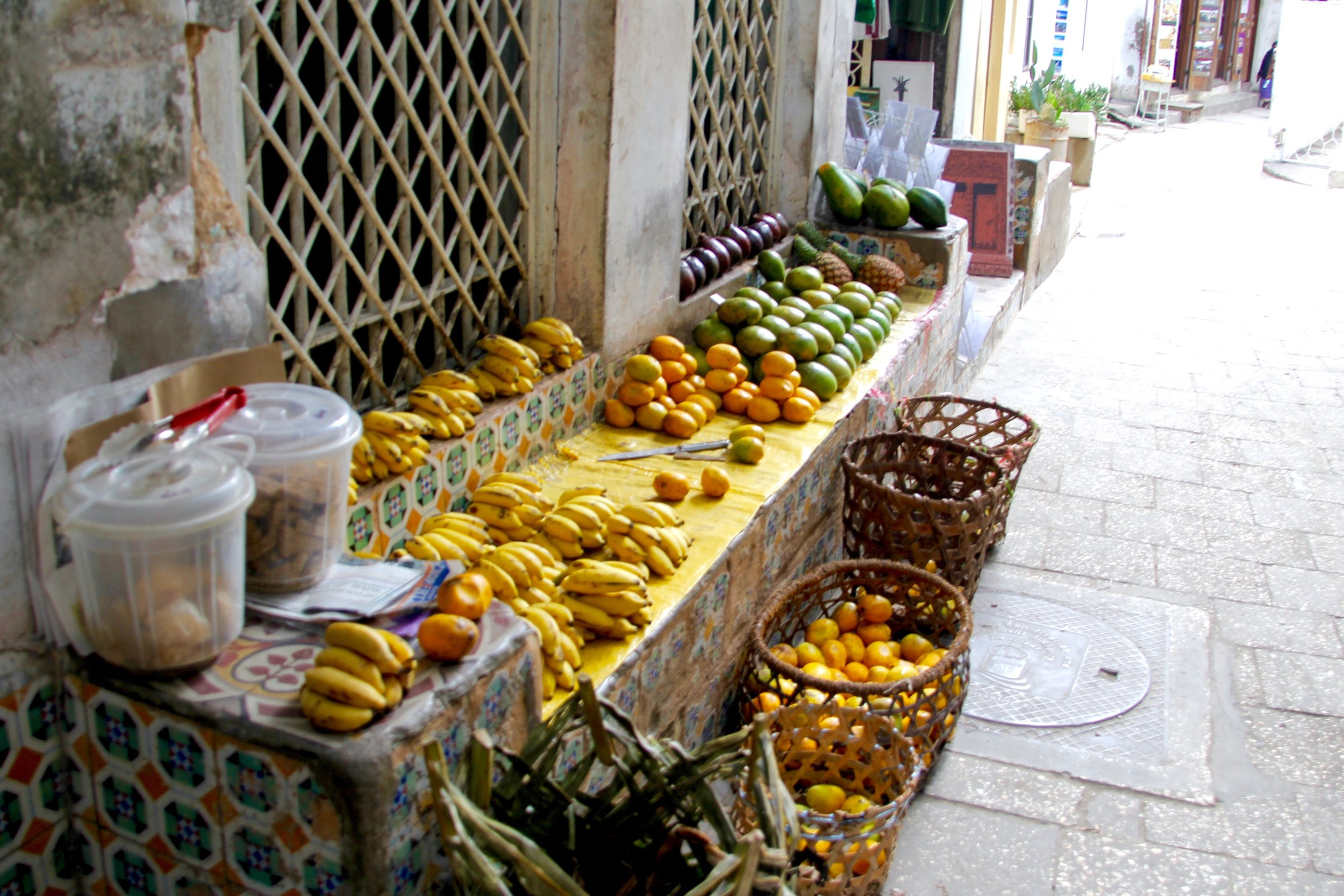 Navigating the Stone Town markets