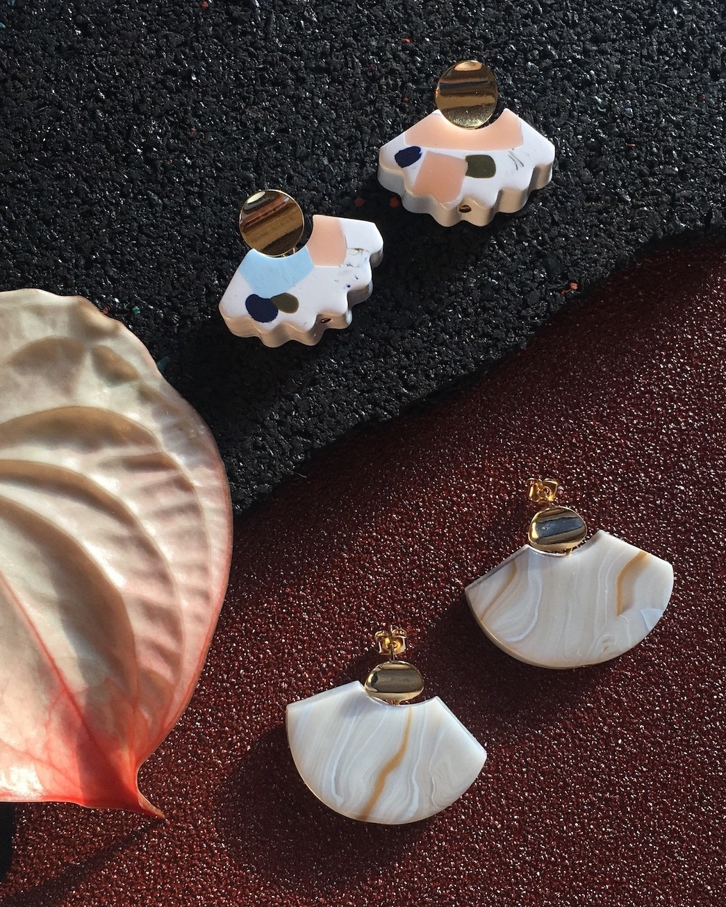 Shop the classics - The best selling Aacute earrings are here.