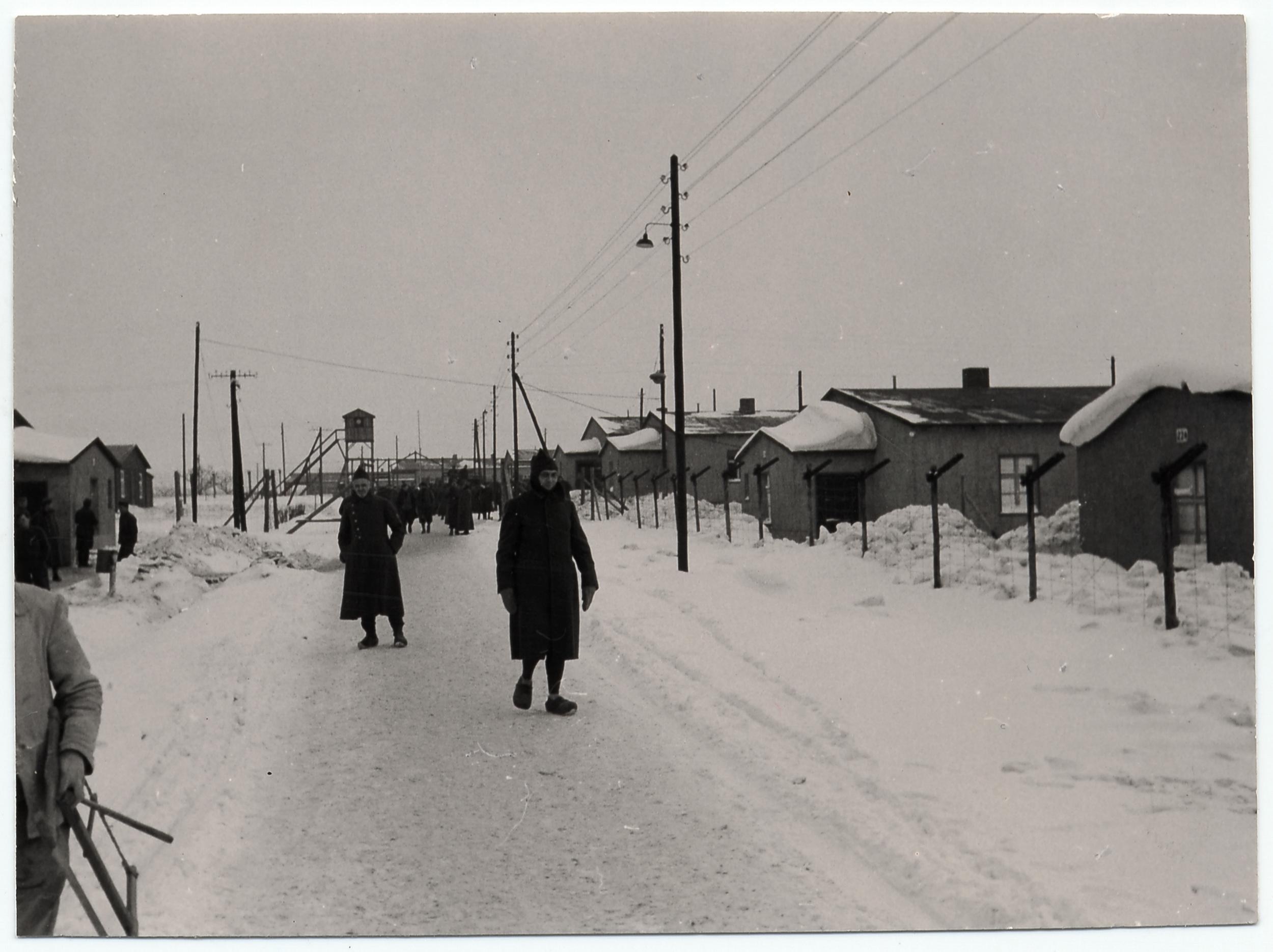 올리비에 메시앙이 수용되었던 독일 괴를리츠(Görlitz) 근처의 스탈락8A(Stalag VIIIA)포로수용소의 모습
