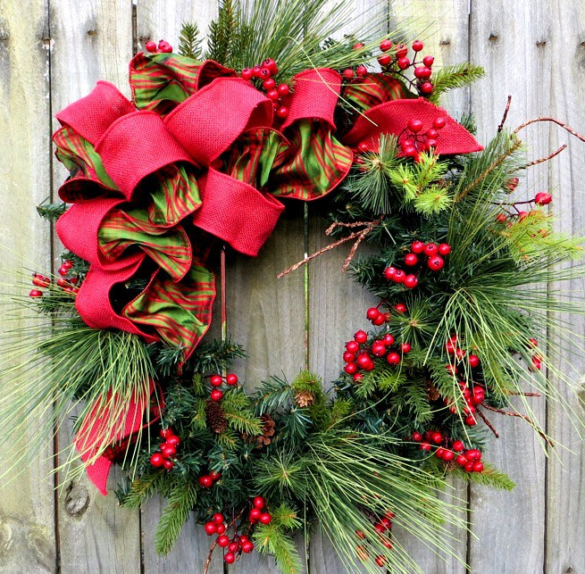 Classic-Christmas-Wreath.jpg