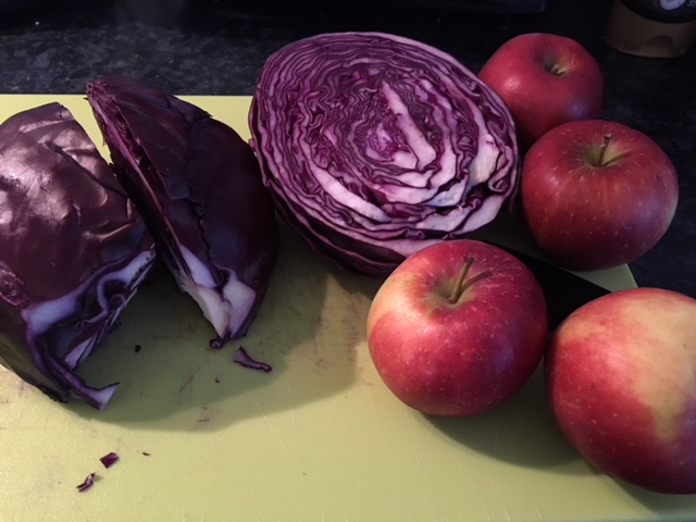 Red cabbage and apples ready for the stew