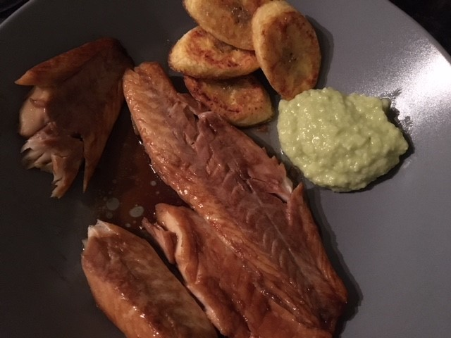 Plantain and home made garlic and avocado dip with fish