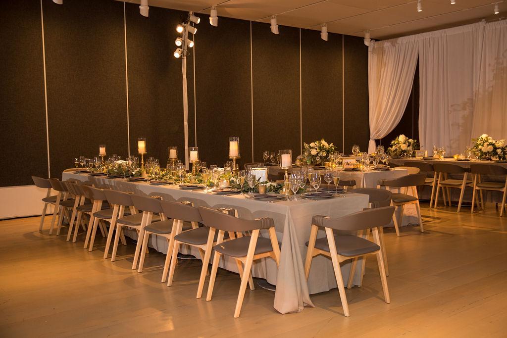 Art Institute of Chicago Wedding, Modern Wedding, Green and White Wedding, Bliss Weddings & Events, Chicago Wedding, Chicago Wedding Planner, Terzo Piano Wedding