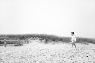 beach2-4fea1.jpg