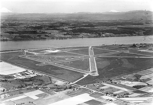 1940 May 13_Portland Airport under construction_A2005-005 1436.1.jpg