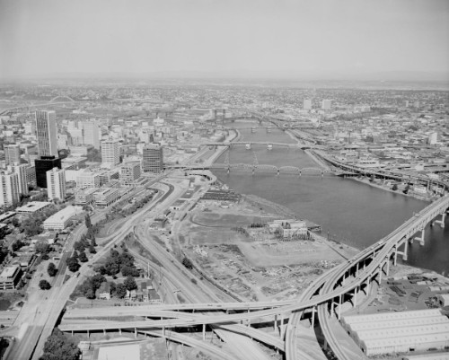 Downtown & Harbor Dr aerial from west of the river south of Marquam Bridge.jpg