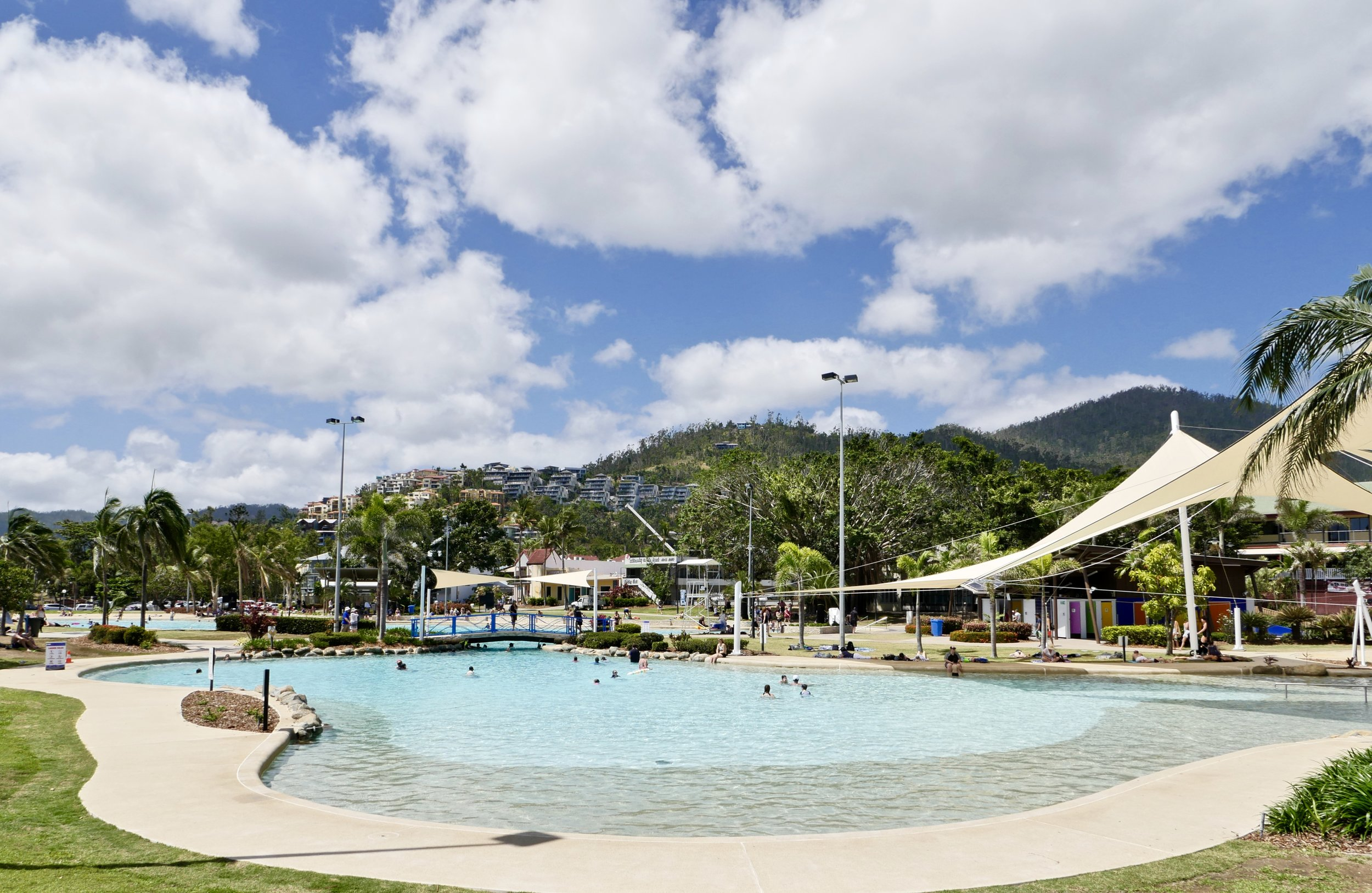 THE AIRLIE BEACH LAGOON - AN ABSOLUTE HOT SPOT FOR TOURISTS AND BACKPACKERS